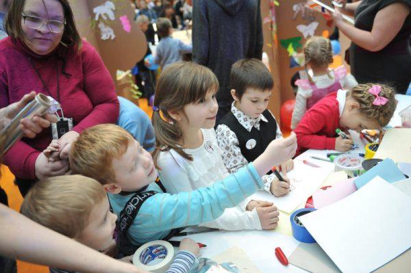 Воспитатели образовательной площадки №8 «Карандаш» организовали тематическое мероприятие. Фото: архив