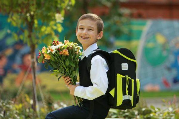 Школьники из Москвы погрузятся в учебную программу с начала сентября. Фото: архив